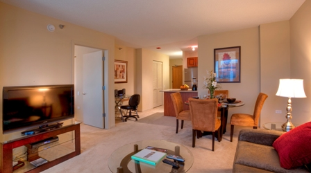 Manilow Suites 215 West