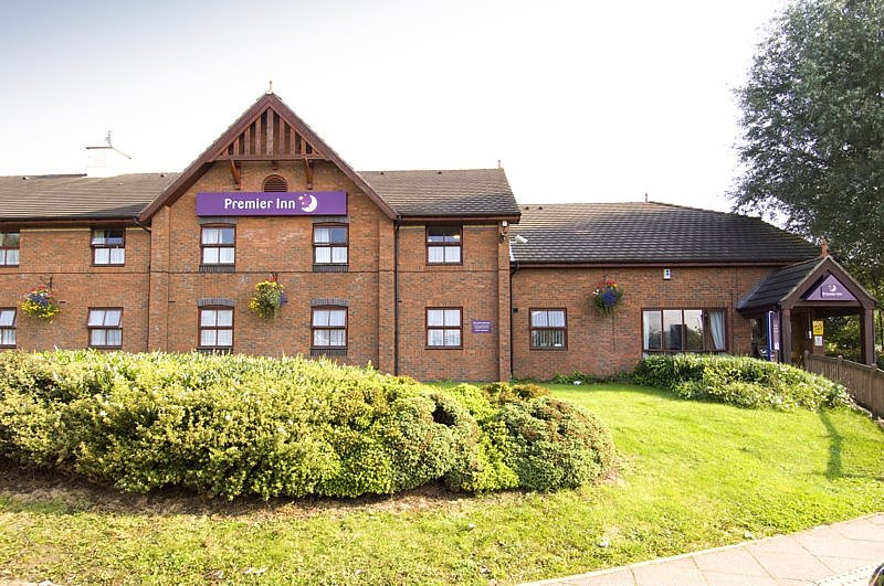‪Premier Inn West Bromwich‬