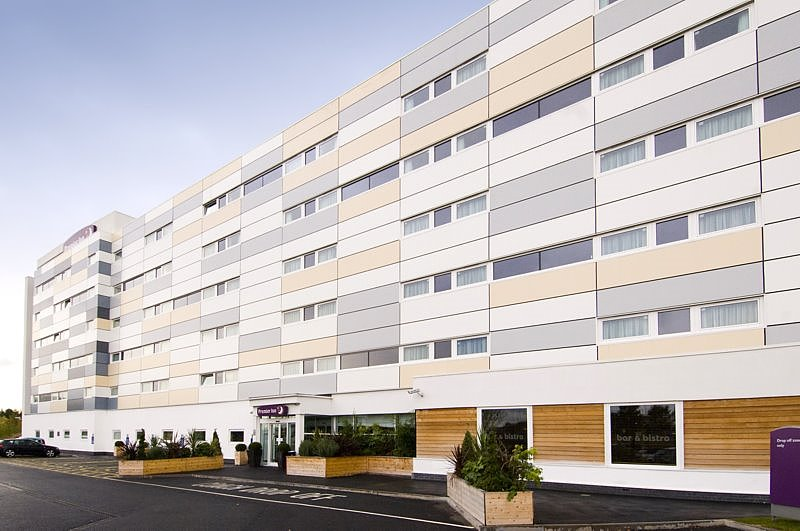 Premier Inn Manchester Airport (M56/J6) Runger Lane South