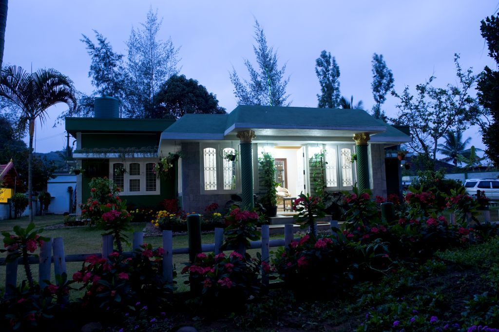 Bird of Paradise Homestay (Coorg/Kushalnagar) - Hotel reviews ...