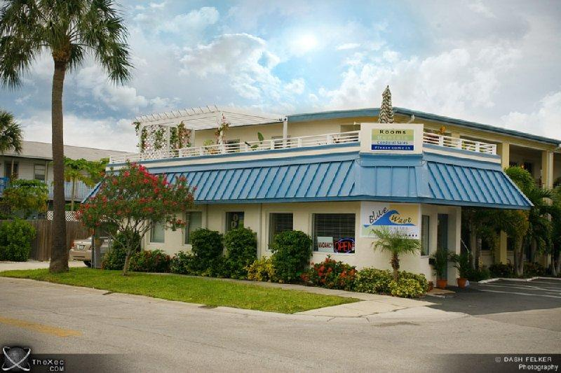 Blue Wave Motel Suites