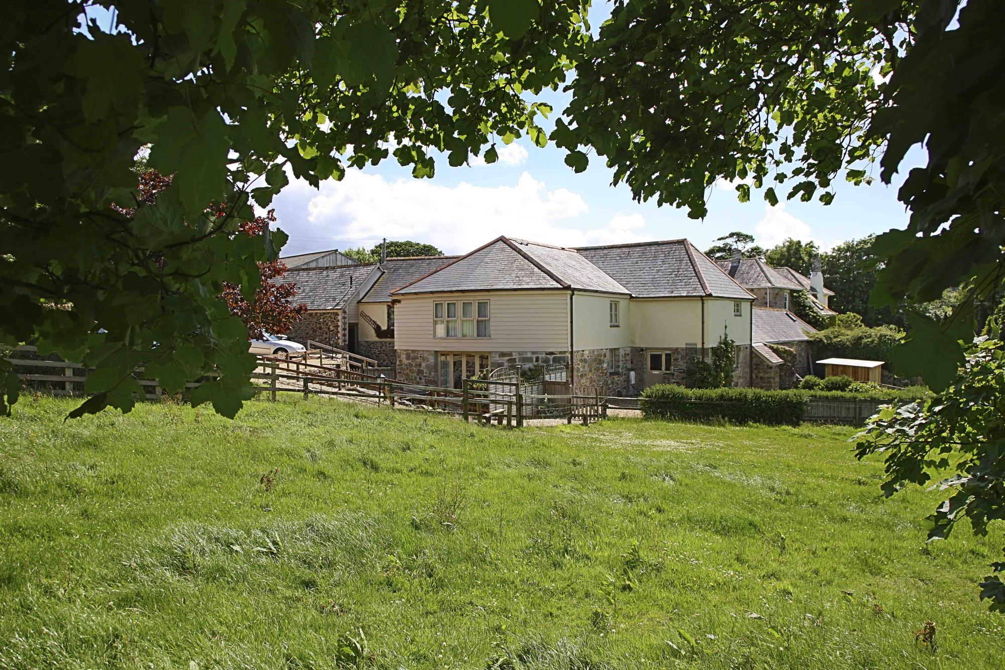 Tregongeeves Farm Cottages