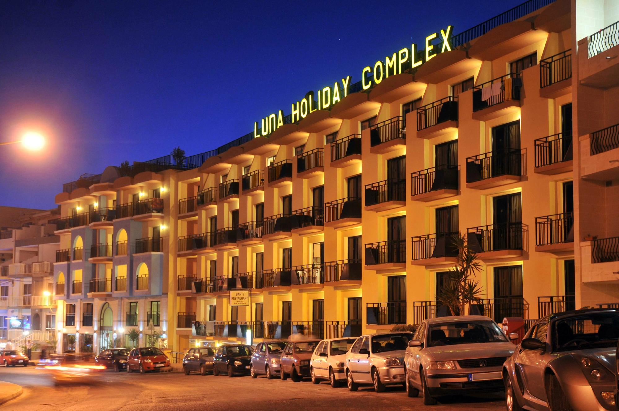 Luna Holiday Complex