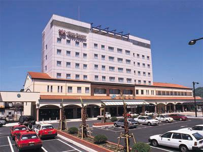 Clement Uwajima Hotel