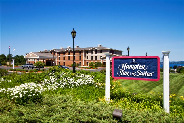 ‪Hampton Inn & Suites Petoskey‬
