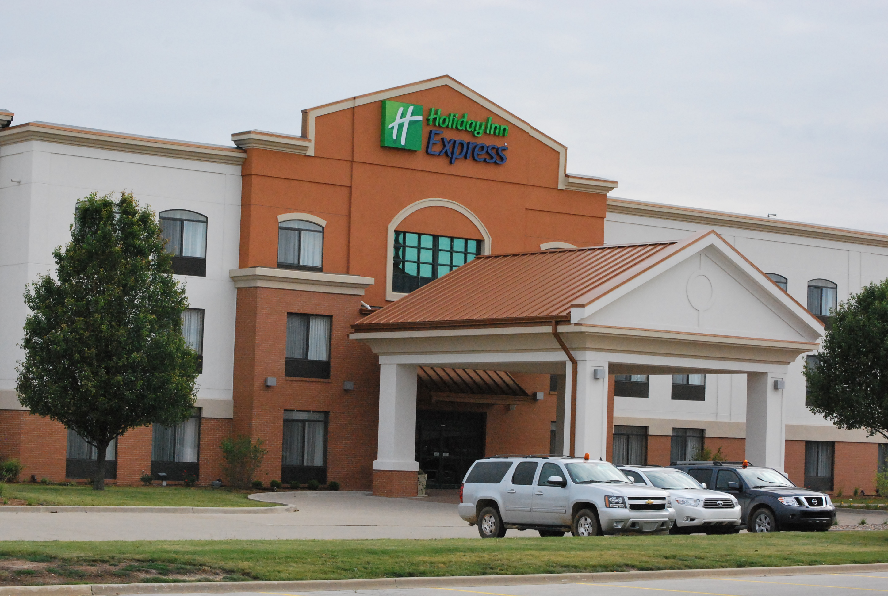Holiday Inn Express Bloomington West