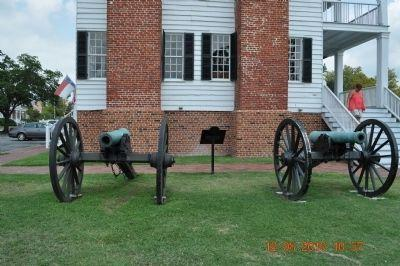Edenton Bell Battery Cannon