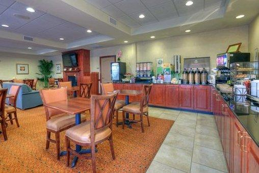 ‪Country Inn & Suites Lexington Park‬