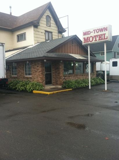 Mid-Town Motel