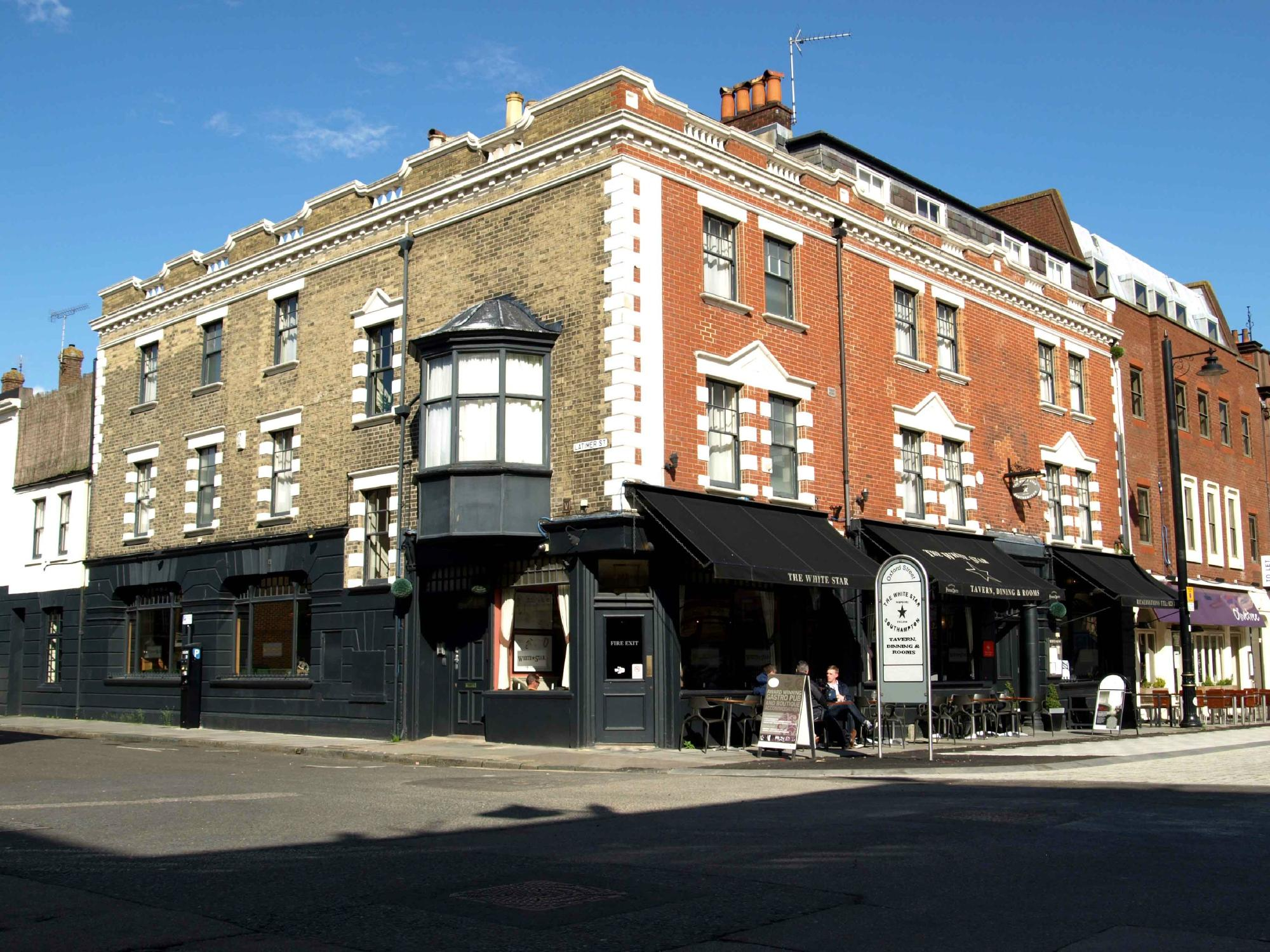 The White Star Tavern