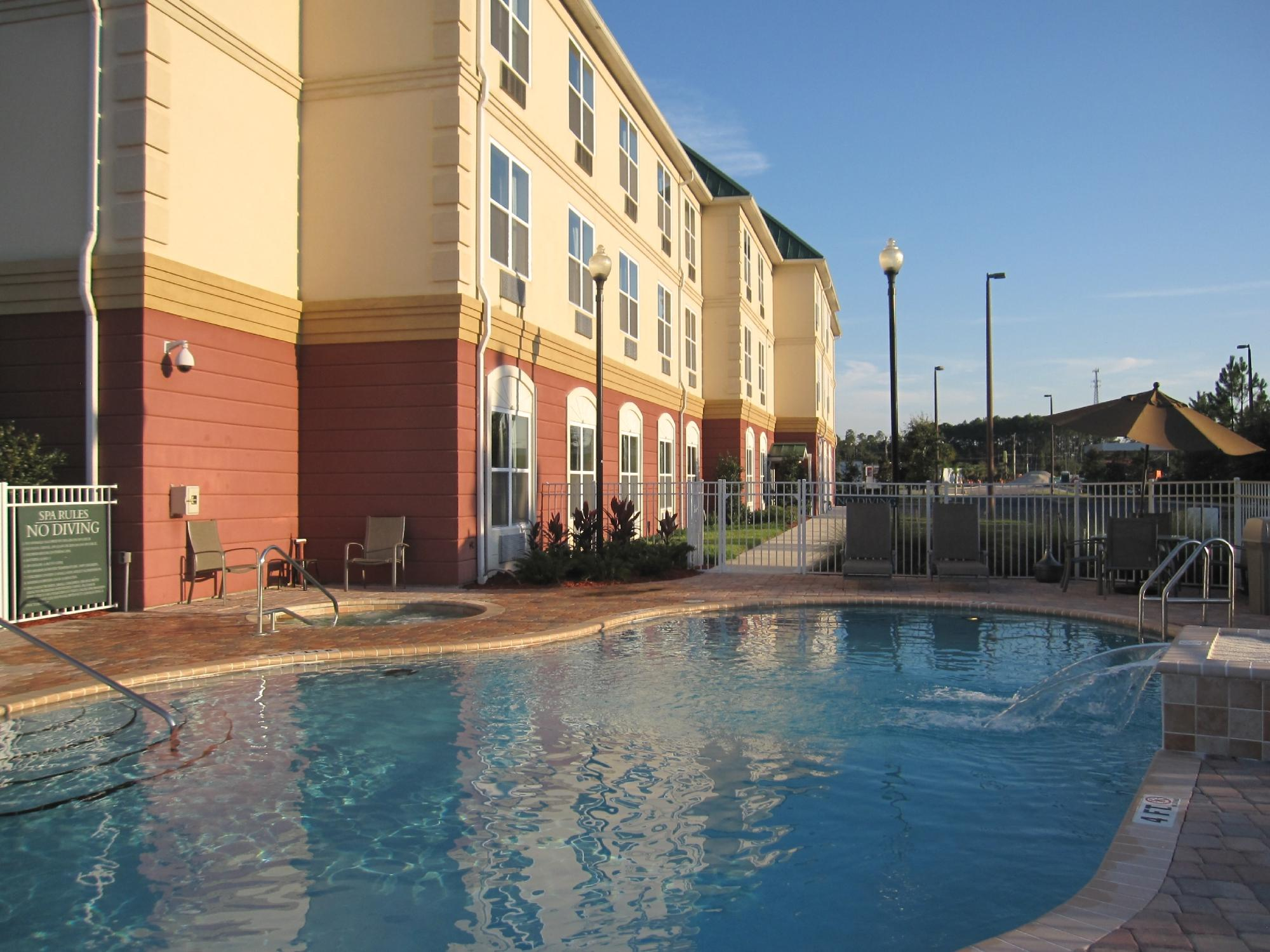 ‪BEST WESTERN PLUS First Coast Inn & Suites‬