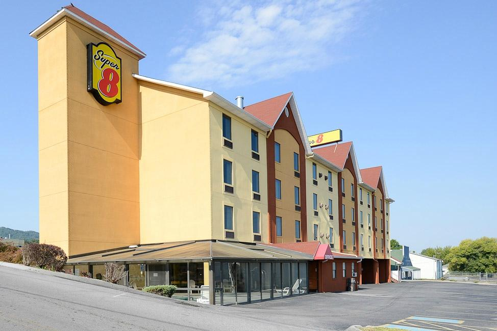 ‪Super 8 Pigeon Forge Near The Convention Center‬