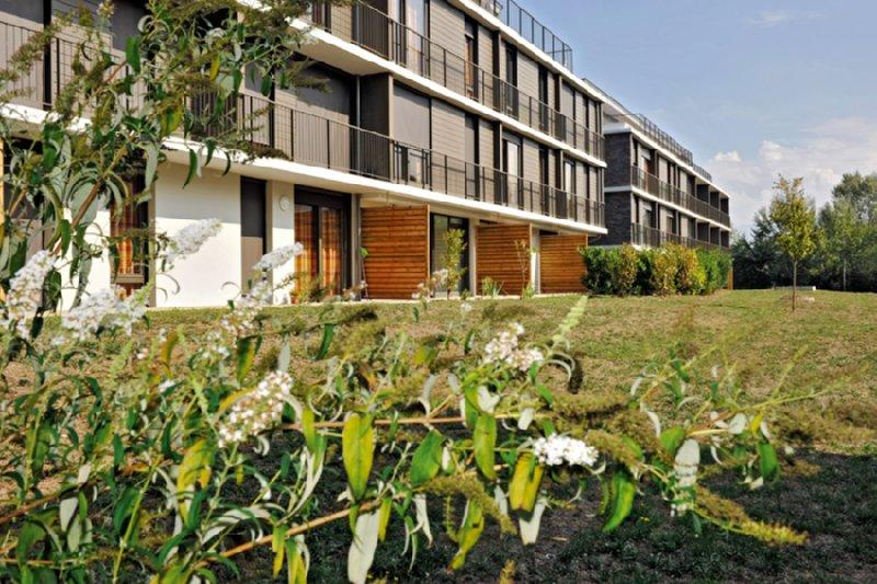 Park & Suites Confort Grenoble Meylan