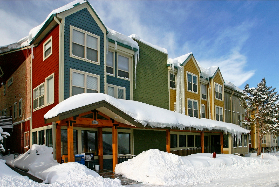 Sweetwater Lift Lodge