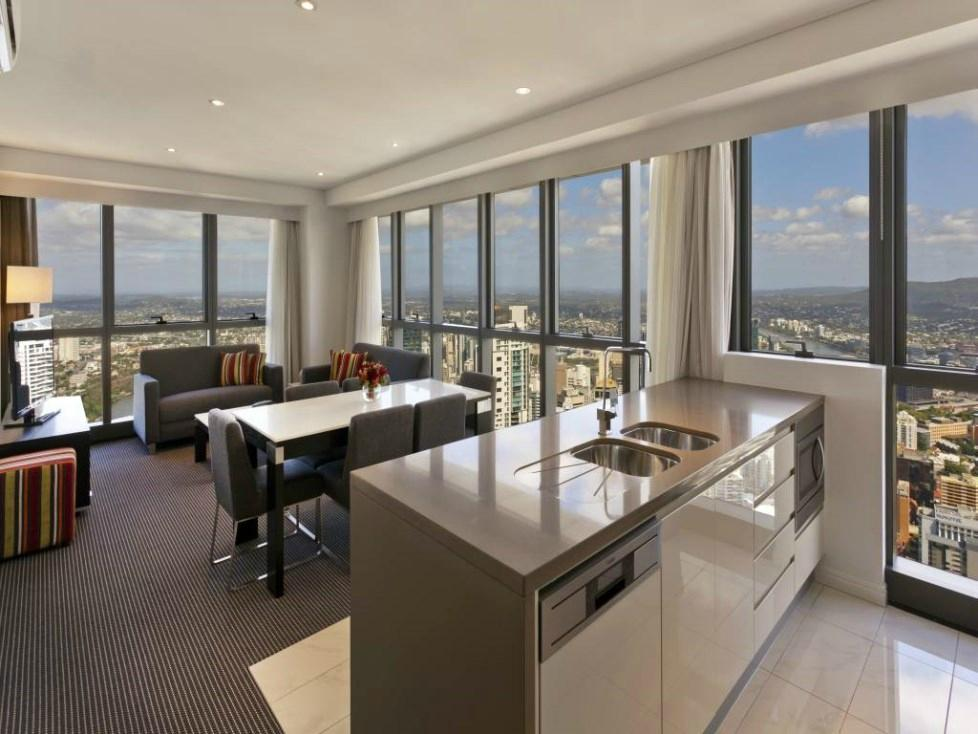 Meriton Serviced Apartments Brisbane on Adel