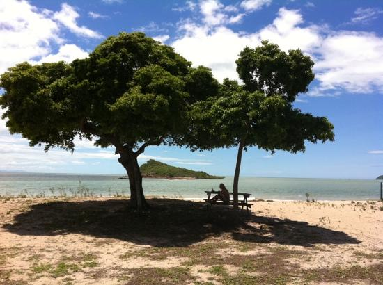 ‪Cape Gloucester Eco-Resort‬