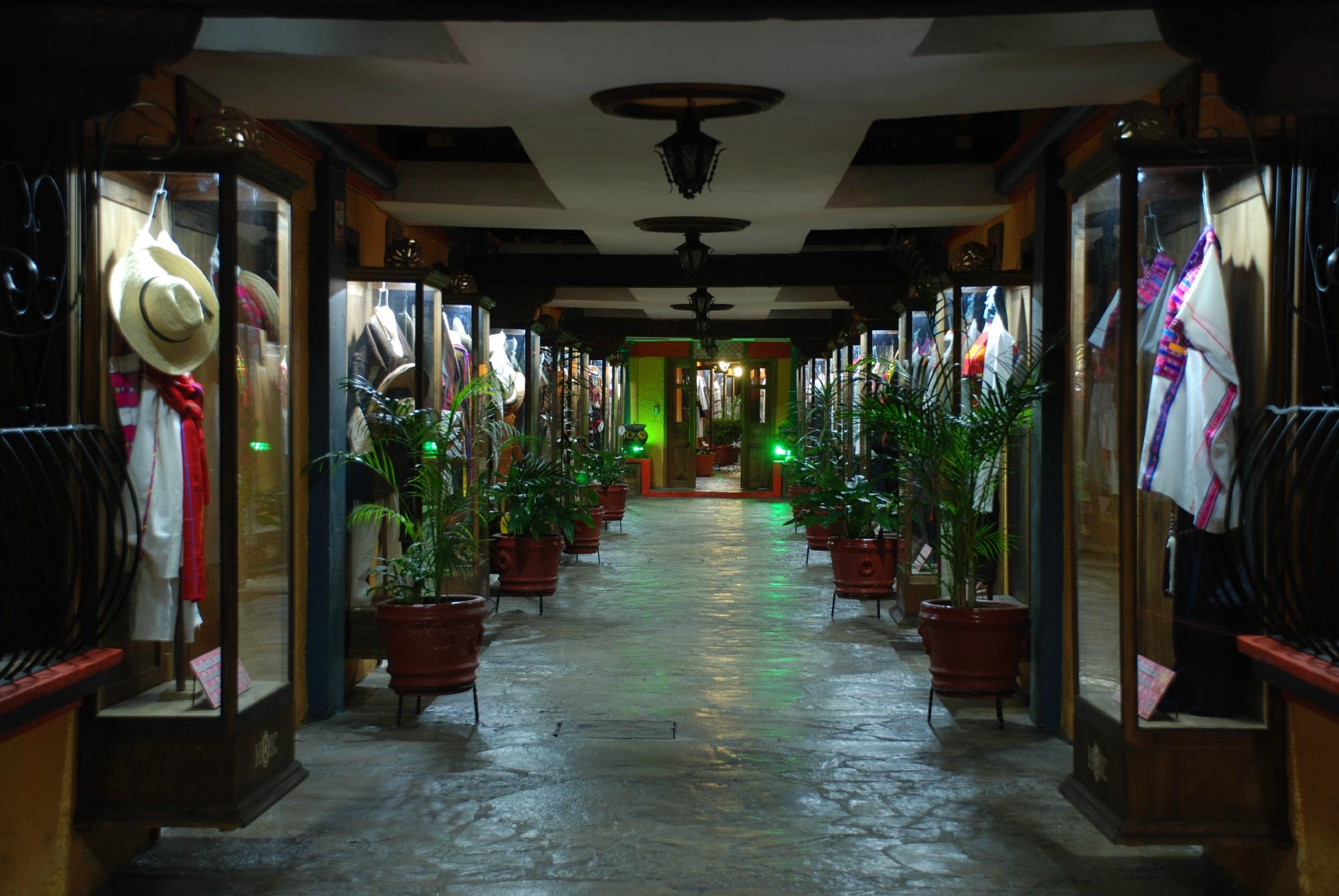 Hotel Mision Colonial