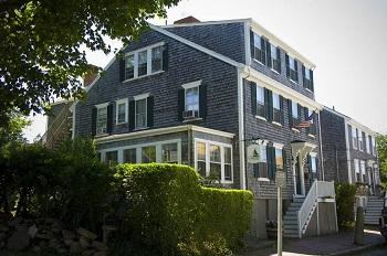 The Carlisle House Inn