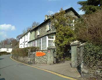 ‪Ambleside Backpackers‬