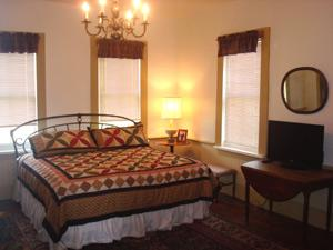 Rufus Abbott Bed & Breakfast