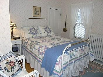 Swan House Bed & Breakfast