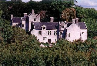 Plas Llanmihangel