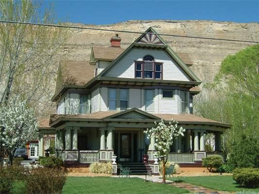 Palisade Wine Valley Inn