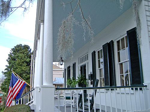 Historic Oak Hill Inn