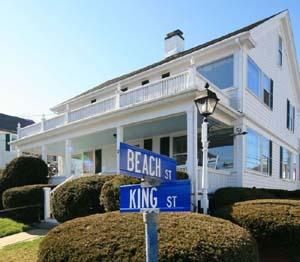‪Beach & King Street Inn‬