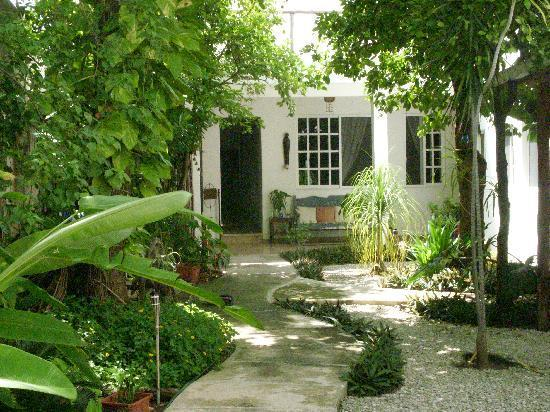 ‪Villa Escondida B&B‬