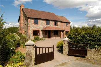 Lawton Bury Farm Bed & Breakfast