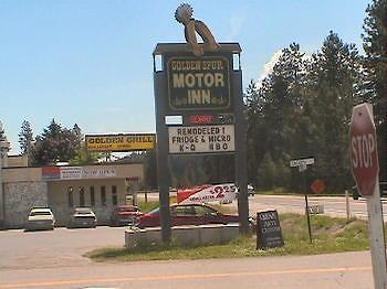 Golden Spur Motor Inn
