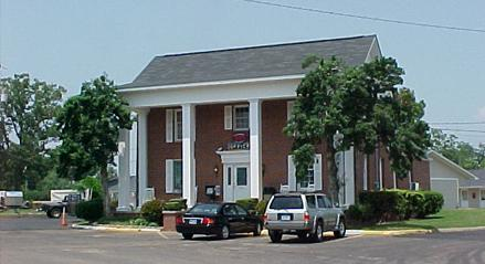 Daleville Inn & Apartments