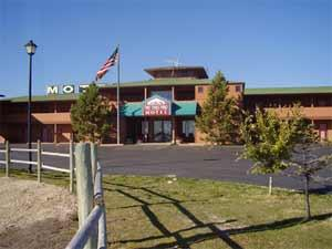 Fort Three Forks Motel