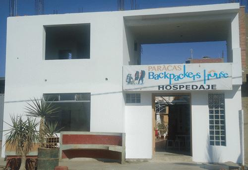 ‪Paracas Backpackers' House‬