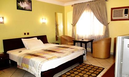 Gloriana Hotel & Suites