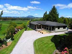 Bellbird Ridge Farmstay B&B