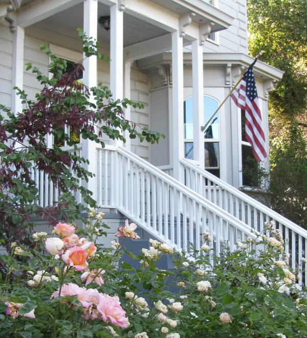 Yosemite Rose Bed & Breakfast