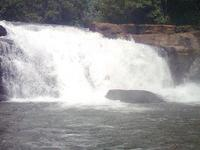 Keezharkuthu Falls