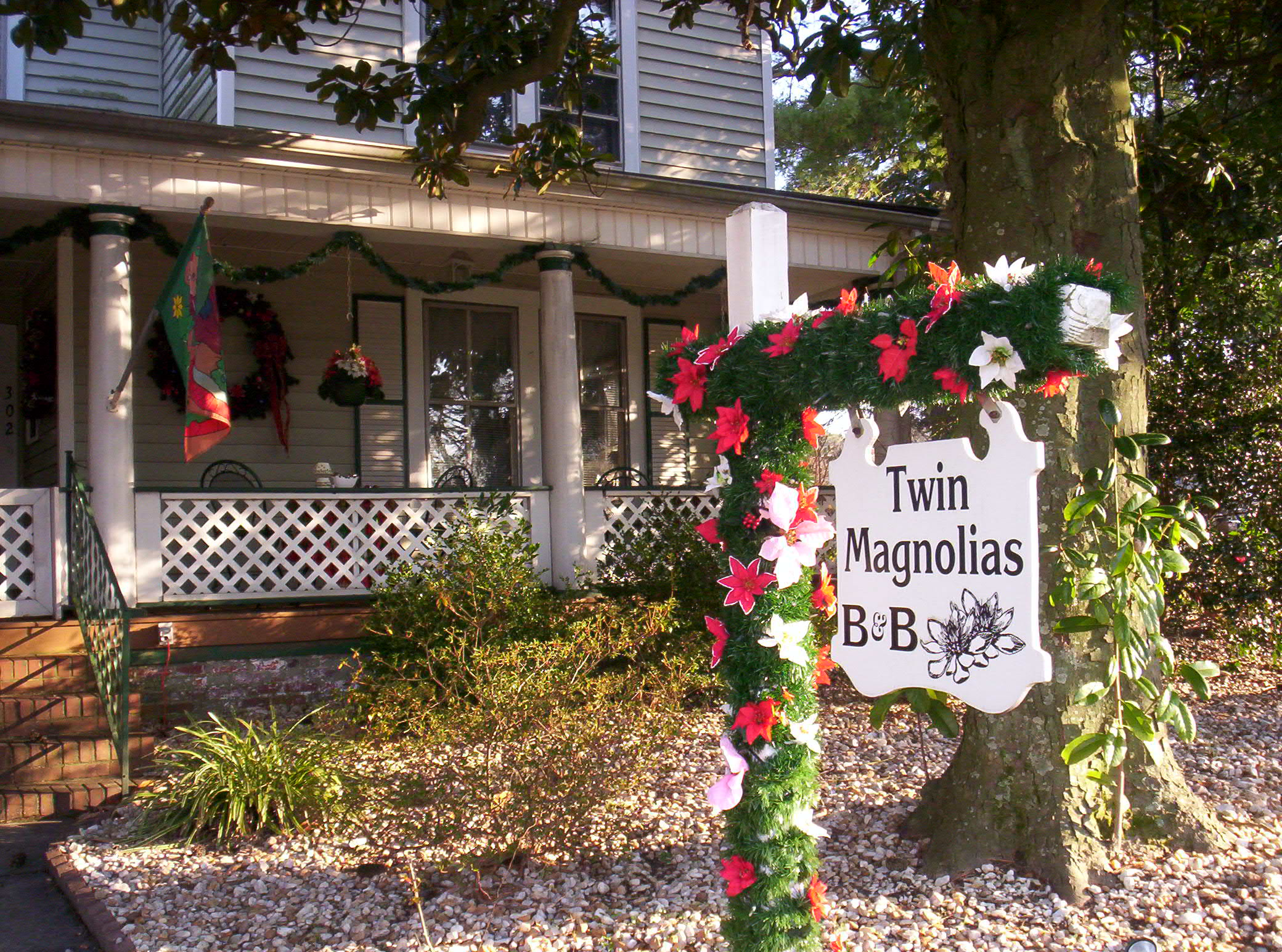 Twin Magnolias Bed and Breakfast
