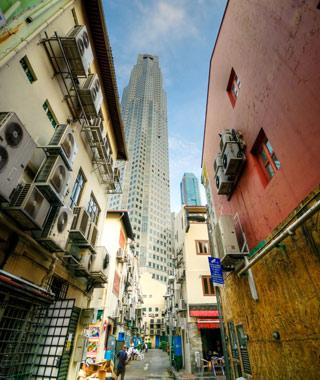 Urban Adventures-Shanghai Private One-day Tour