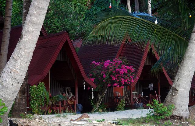 Coral Bay Chalet
