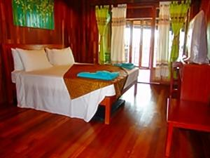 Koh Chang Sea Hut