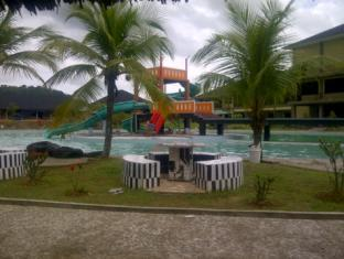 Dangau Resort