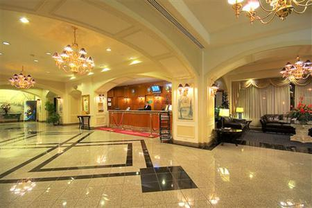 Grand Plaza Hotel