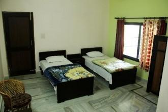 Yoga Niketan Guest House