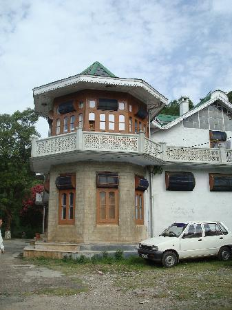The kashmir house dharamsala india asia hotel for Home designs kashmir