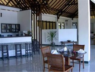Komodo Indah Inn