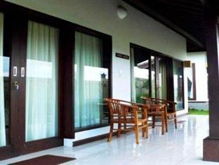 Canggu Breeze Hotel
