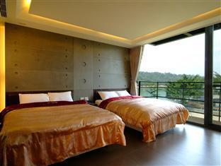 Lakeview Homestay